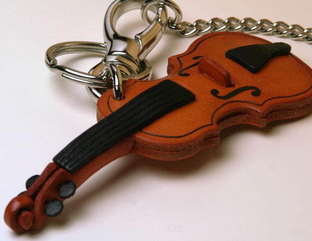 ヴァイオリン 弦楽器 本革製 バッグチャーム 音楽雑貨 音楽グッズ 音楽ギフト 楽器グッズ