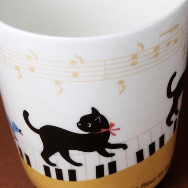ネコふんじゃった! ピアノ鍵盤 音楽グッズ マグカップ 音楽雑貨